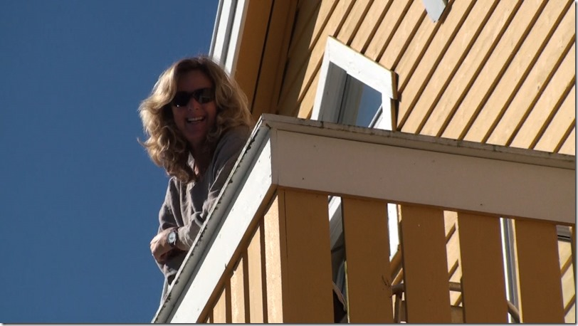 geiranger alesund - marijke op balcon